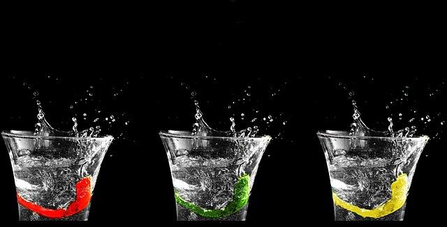 Bere Acqua può contribuire a migliorare l'emicrania